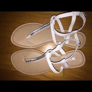 NEW Women's white thong sandals